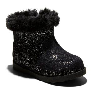 NWT Toddler Girls' Oriole Shearling Boots Black